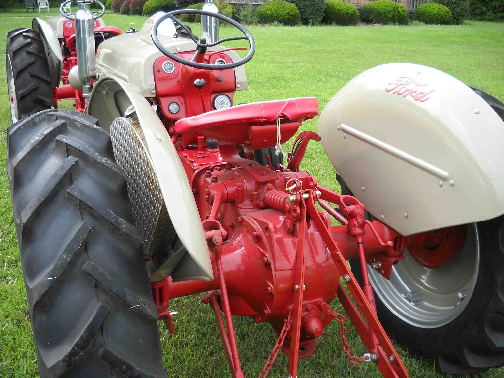 Seales Restoration Antique Tractors Ford 8n With Flathead Conversion